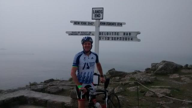 Cyclist Ian Tallamy at Land's End
